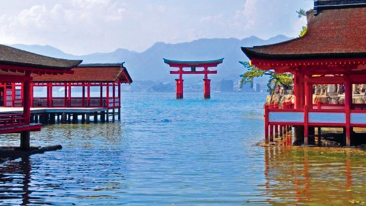 kuil-Santuario-Itsukushima